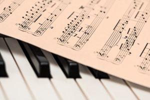 瞑想に音楽は必要?