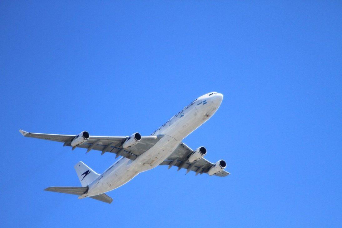 被ばく量が多いパイロットとCA(客室乗務員)は がんになりやすい?